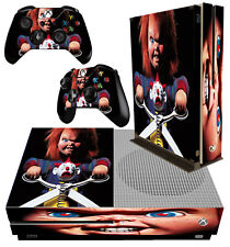 XBOX ONE S FIN CONSOLE AUTOCOLLANT Childs Play Chucky Horreur PELUCHE & 2 Pad