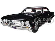1967 CHEVROLET CHEVELLE SS 396 TUXEDO BLACK RED STRIPES 1/24 AUTOWORLD AW24006