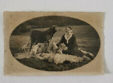 Jagdhund und Welpen mit Frau Originalfoto 9x14 cm Hundewelpen um 1920