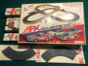 RICHARD PETTY AURORA AFX DARLINGTON 500 RACE SET EXTRA TRACK PLUS PARTS No. 2103