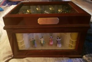 Mr Christmas Music Box Animated Symphony of Bells 70 Songs possible 6 BELLS RARE