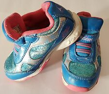 Girls Shoes.  Baby Girls Frozen Light Up Shoes Shoes Size 6 1/2