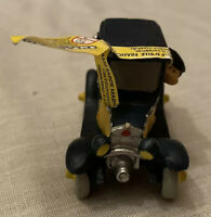 Figurine Collection Gaston Lagaffe Plastoy Marsu 1998 Gaston Driving 3 1/8in