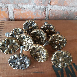 """Lot of 10 Ornate 1970s French Provincial Drawer Knobs Pulls Brass 1.5"""" Round"""