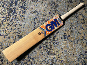 Gunn & Moore SIGMA F4.5 Kashmir Willow CRICKET BAT Hand Made England
