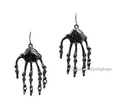 Moda Negro Brillante mano Hueso Esqueleto Halloween Traje pendientes Goth