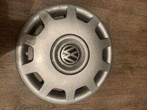 """Volkswagen VW Passat 15"""" Wheel Trim 3B0 601 147 3B0601147 Genuine Golf ?"""