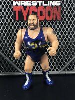 EARTHQUAKE WWF Hasbro Vintage Wrestling Action Figure WWE
