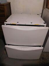 Whirlpool Duet White 27x27x15 Laundry Pedestal with Storage Drawer