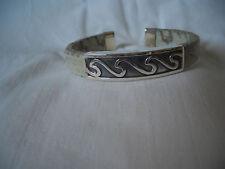 925 sterling silver semi rigid bracelet faux snake skin white