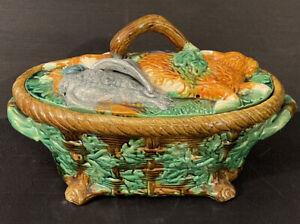 Vintage Tureen With Rabbit And Pheasants Minton - Read Description