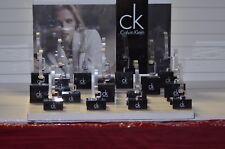 presentoirs montre calvin klein bracelet vitrine magasin bijouterie bijoux bague