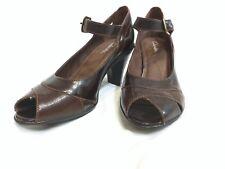 Clarks 89376 Women's 2 Tone Brown Leather Open Peep Toe Mary Jane Pump 5.5M