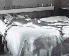 Shirley Eaton UNSIGNED photo - 3334 - James Bond - Goldfinger