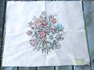 """1960s Payne & Co Italy Stanhope Needlepoint Tapestry Upholstery 28x29"""" FREE SH"""