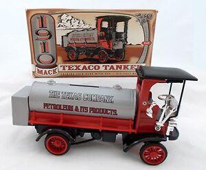 ERTL Texaco #12 (1995) 1929 MACK TANKER TRUCK Diecast Metal BANK D10