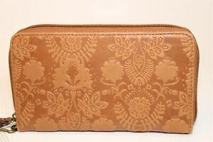 The Sak NEW Womens Silverlake Brown Leather Clutch Wristlet Wallet 108516