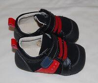 NIB Smaller by See Kai Run Infant Boys Henri James Black Crib Shoes, size 6-9 M