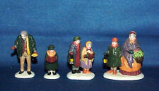 Dept 56 Heritage Village Set Of 4 Carolers On The Doorstep #55700 W/Box