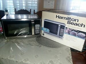 Hamilton Beach 0.9 Cu. Ft. 900W Countertop Microwave Oven Stainless Steel BlkSlv