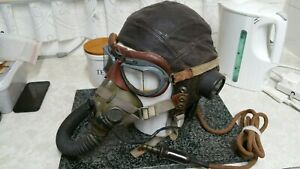 WW2 Spitfire Pilots Leather Flying Helmet/Goggles/Oxy Mask