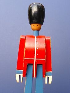 Lovey Vintage Kay Bojesen Wooden Soldier Toy 1960s/70s Denmark Grenadier Guard