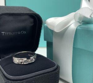 Tiffany&Co 18k Atlas Diamond Ring - Diamond with two Tourmalines - Size 6.25