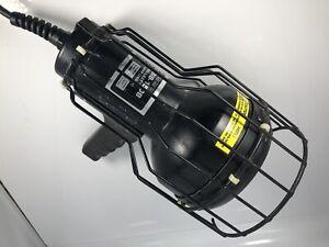 SPECTROLINE BLACK LIGHT BIB-150B LIGHT, 115V, 1.5A-Functional