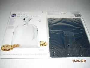 Wilton Foil  Party Treat Bags & Ties Silver Color .New