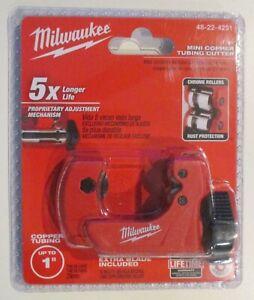 "NEW MILWAUKEE 1"" MINI COPPER TUBING CUTTER 48-22-4251 NEW SEALED"