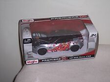 MAISTO- 1/24 SCALE-  2009 NISSAN 370Z  - PREMIERE DC - STRAPPED - NEW IN BOX