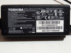 Genuine Toshiba laptop charger model PA3822u-1ACA / 19V 2.37A