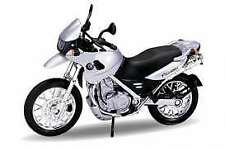 Welly BMW F650 GS Silver Motorbike  1:18
