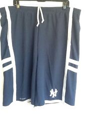 MLB NY Basketball Shorts XL New York Yankees Two Pockets