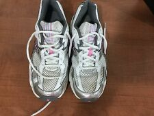 New Balance ladies size 7.5 350s tennis shoes