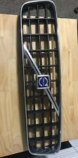03-13 Volvo XC90 Front Grill 30678980