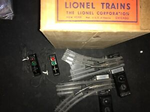 PAIR RIGHT & LEFT HAND LIONEL 1122 REMOTE CONTROL 027 SWITCHES with box 3