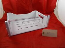 Linsar Fridge Freezer Top Drawer 13.3x38x26.5cm Model No: FF800