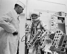 GORDON COOPER MERCURY ASTRONAUT CHECKS FAITH 7 PANEL - 8X10 NASA PHOTO (ZZ-433)