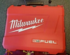 """Milwaukee 2783-22 Braking Grinder Kit 4 1/2"""" / 5"""" Paddle Switch, No-Lock"""