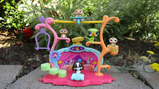 Littlest Pet Shop (LPS) Trick and Talent Show Playset House W/ Pets and Holder
