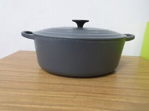 LE CREUSET SILVER GREY OVAL CASSEROLE DISH WITH LID SIZE 29