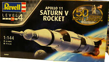 Revell Germany 4909 Apollo Saturn V Rocket W/ Lander plastic model kit 1/144