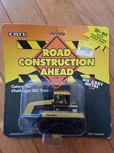 1995 Ertl Road Construction Ahead Caterpillar Challenger 85C Tractor Diecast
