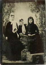 1/6 PLATE ANTIQUE TINTYPE PHOTO- THREE YOUNG WOMEN WEARING COATS AND HEAD SCARFS