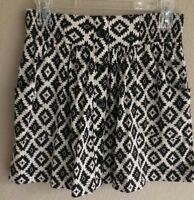 Forever 21 Black Aztec Print Skirt  A Line Flare Short Mini Pockets buttons Sz S