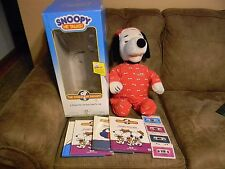 1986 World of Wonders Talking Snoopy Dog with books and cassettes