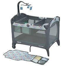 Graco Baby Pack 'n Play Folding Playard with Change 'N Carry Changing Pad, Cleo
