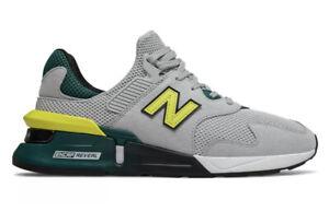 New Balance Mens 11.5 MS997JKA Running Shoes Yellow/Green/Grey