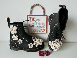 Rare Dr Martens 1460 black large white flowers floral boots 3D UK 5 EU 38 US 7